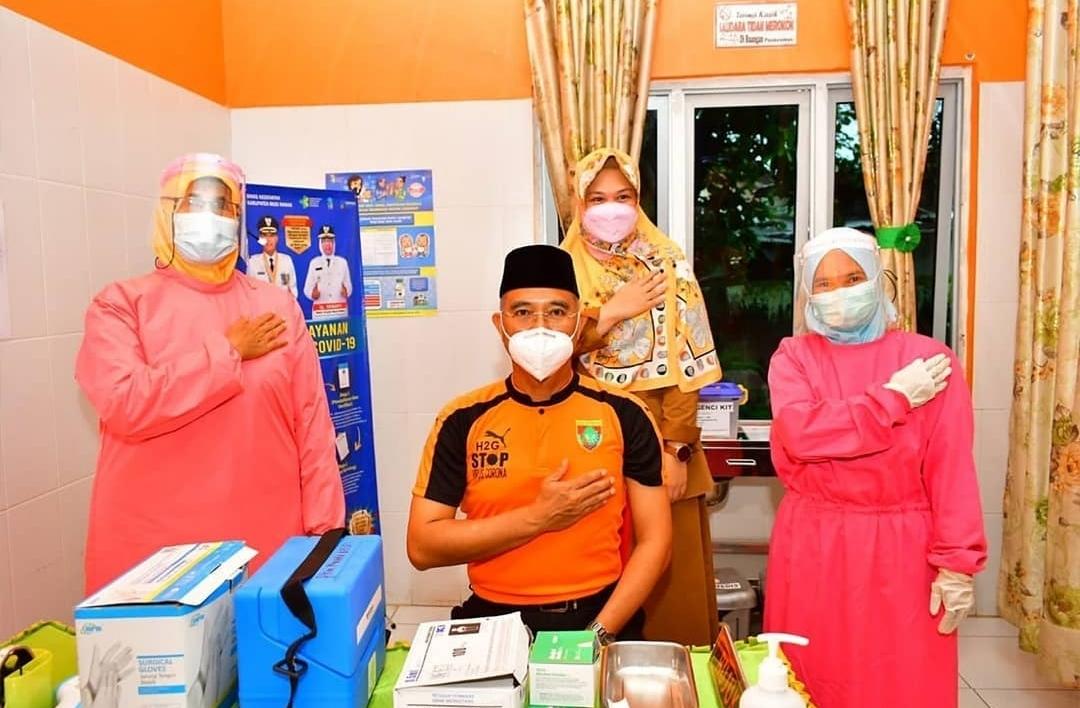 Setelah Disuntik Vaksin Dosis Kedua, Bupati H2G: Prokes Harus Tetap Dipatuhi