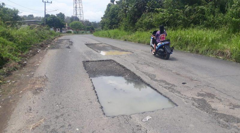 Perbaikan Akses Jalan STL Ulu Terawas Tak Kunjung Selesai